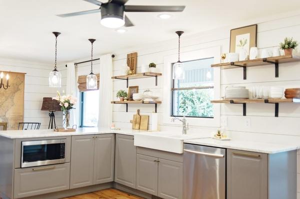 κουζίνα χωρίς ντουλάπια