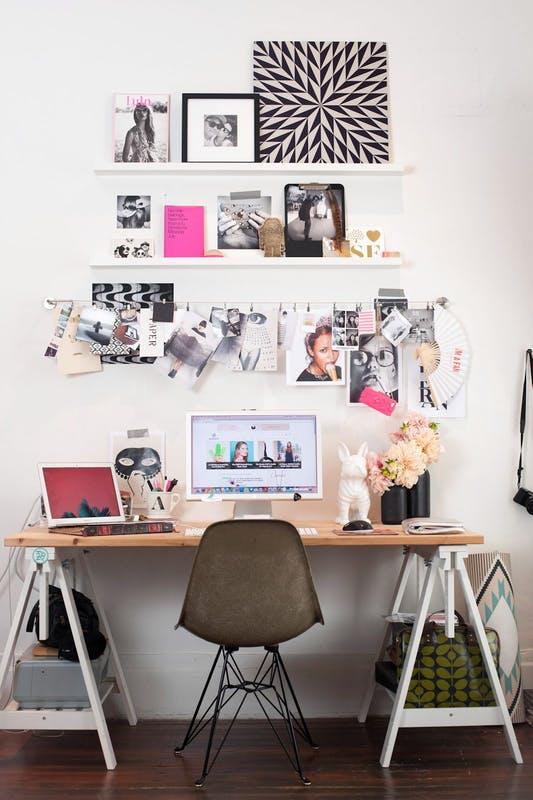 γραφείο από σκάλες